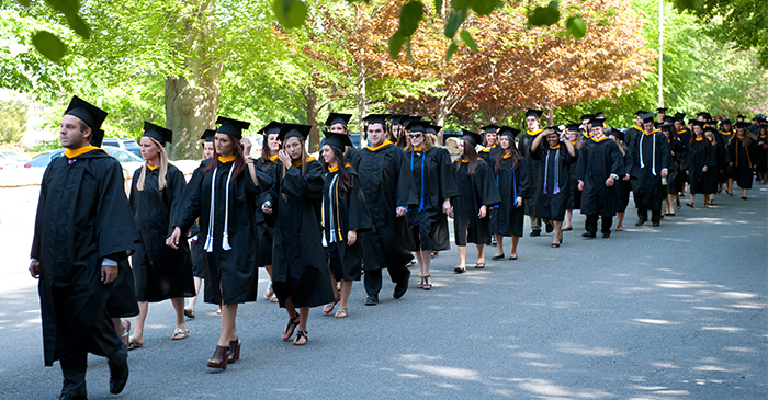news_commencement_0513