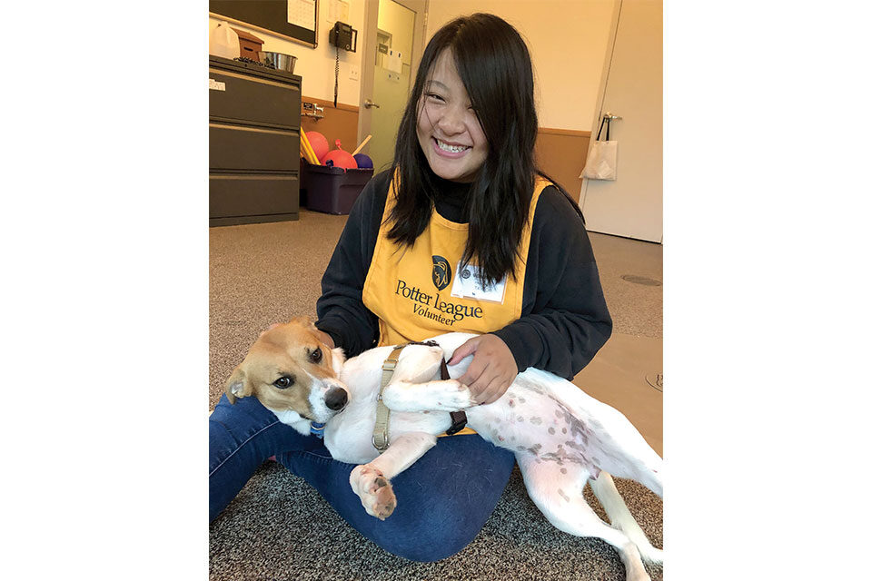 Salve Success: Taylor Cefalo '22, volunteers at the Potter League for Animals
